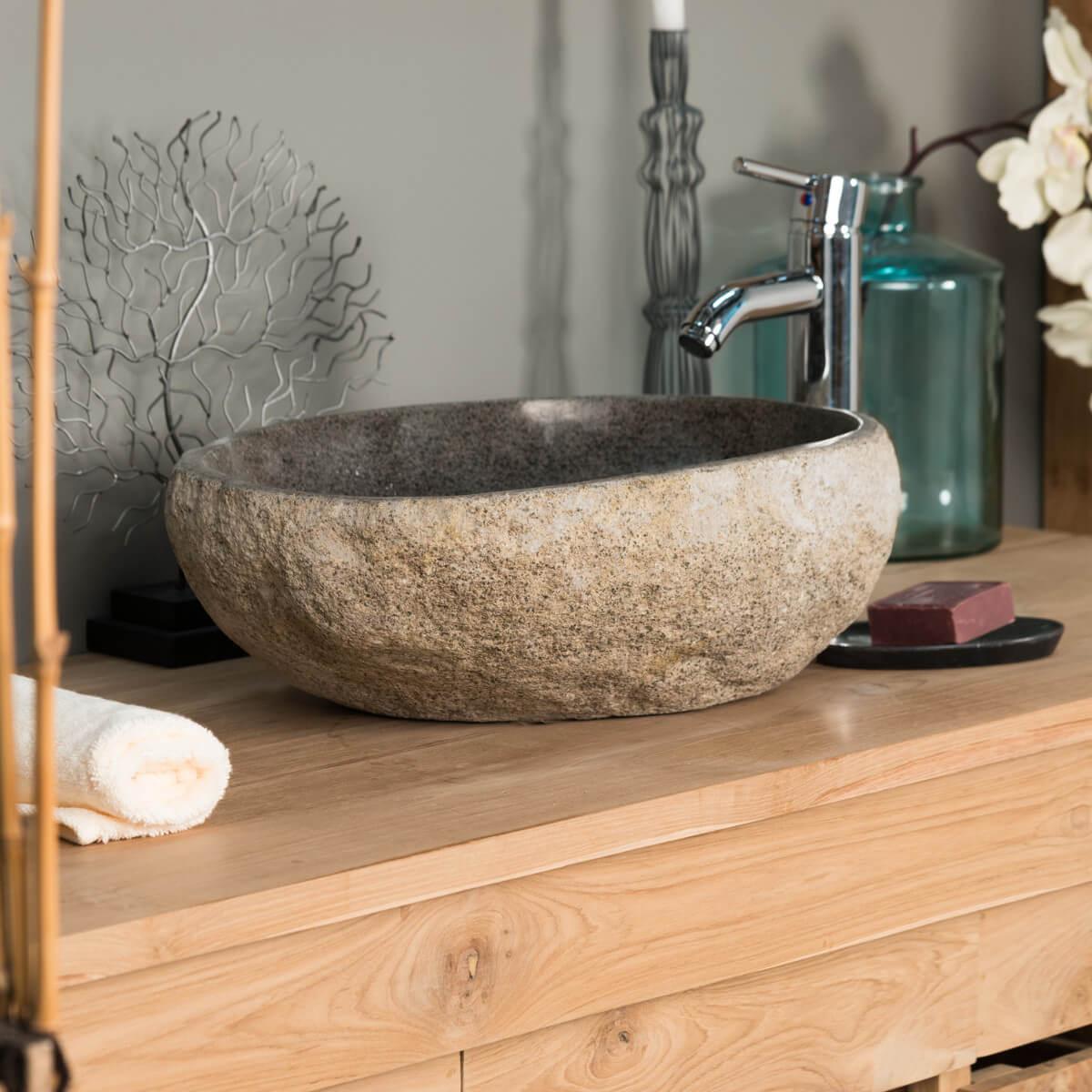 vasque en pierre
